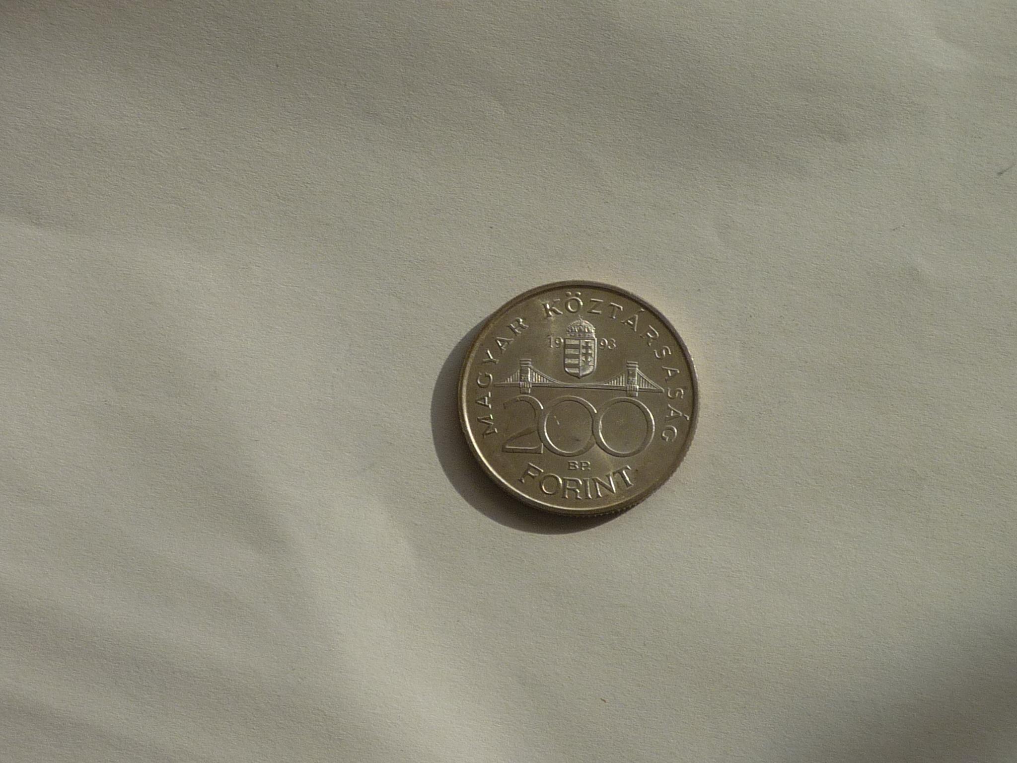 200 forint érme