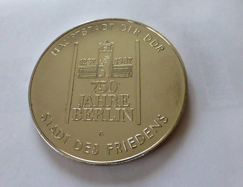 750 éves Berlin DDR emlékérem