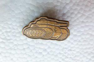 Tank jelvény sapkadísz kitűző